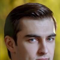 Eziz Khodjaev
